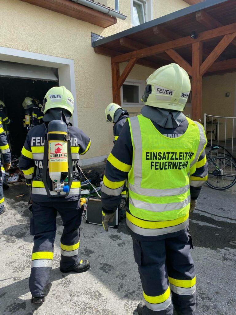 Atemschutzgeräteträger der Feuerwehr Haselbach